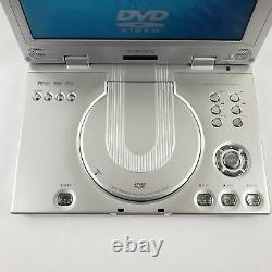 Audiovox D2010 Portable DVD Player (10.2) with Accessories and a Targus Bag