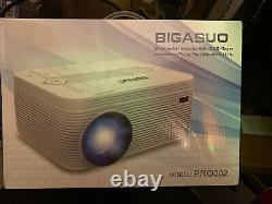 BIGASUO Bluetooth Full HD Projector WithBuilt in DVD Player 4500 Lumens Home Video