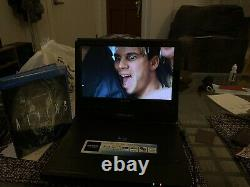 Sony portable Blu-Ray Disc/DVD Player BDP-SX1000. NO CABLES NEEDS REPAIR